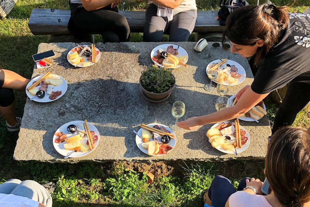 Escursioni con degustazioni vino cibo vicino Milano Torino